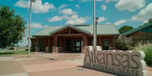 7 Best Tourist Attraction Places To Visit In Arkansas